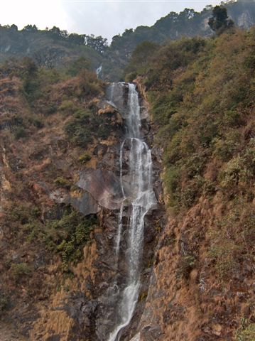 Beema waterval tussen Chungthang en Lachung